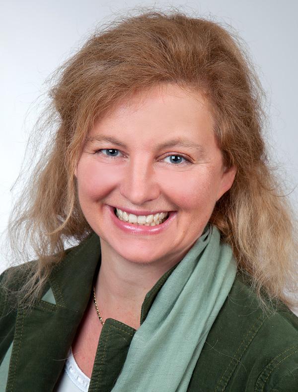 Sandra Sabine Manz